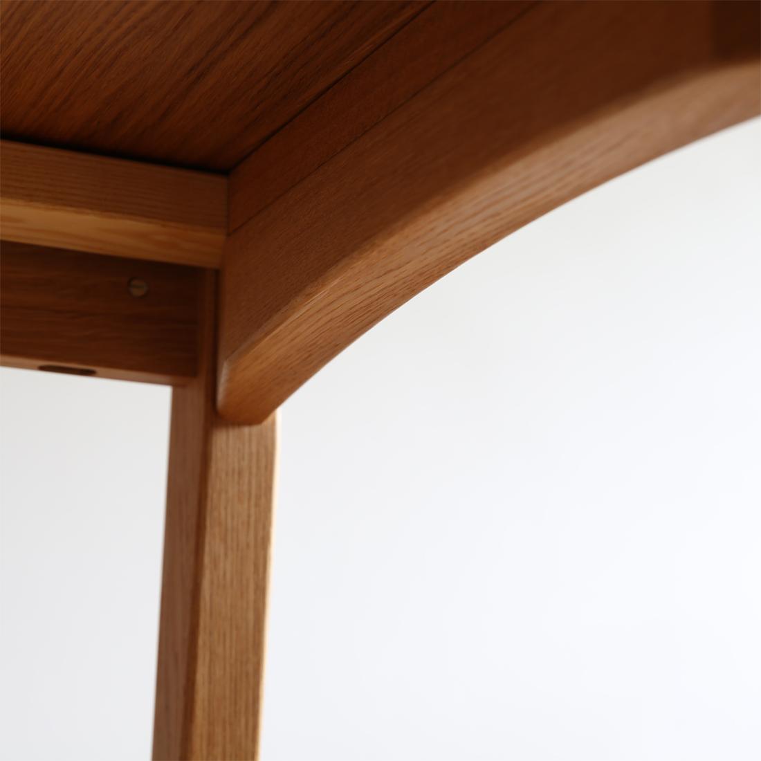 テーブルch006の脚の詳細